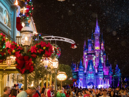 Mickey's Very Merry Christmas Party: saiba como é a festa de natal da Disney!